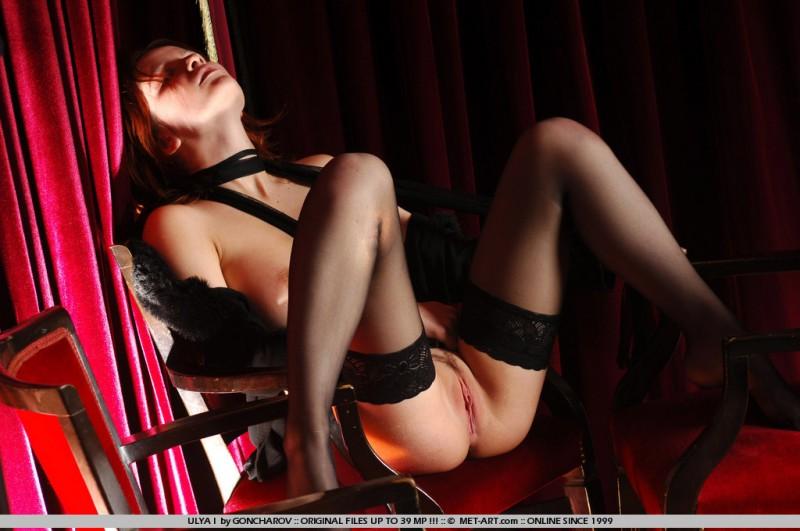 ulya-i-black-stockings-naked-metart-16