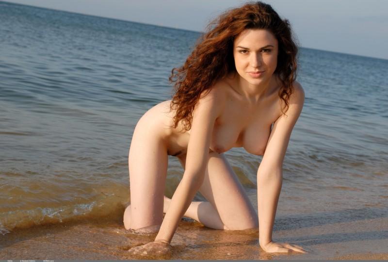 valda-seaside-naked-beach-boobs-domai-17