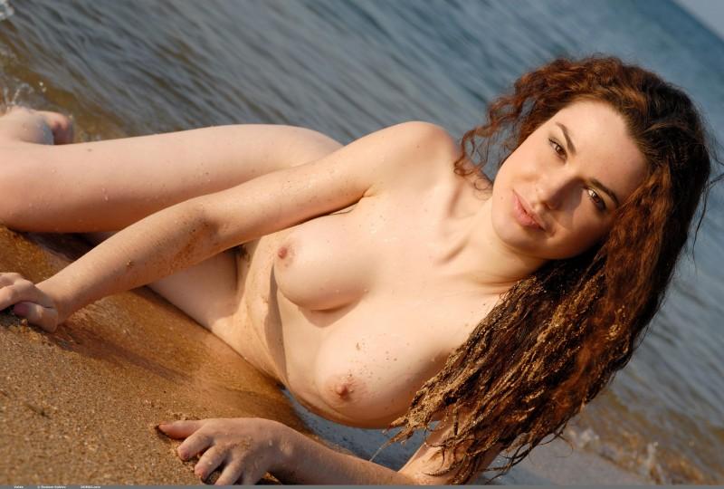 valda-seaside-naked-beach-boobs-domai-21