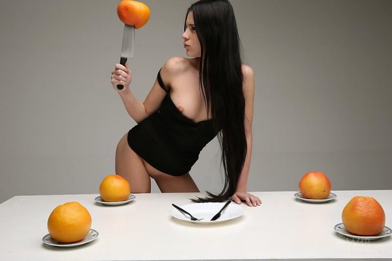 valeria-fruits-watch4beauty-05