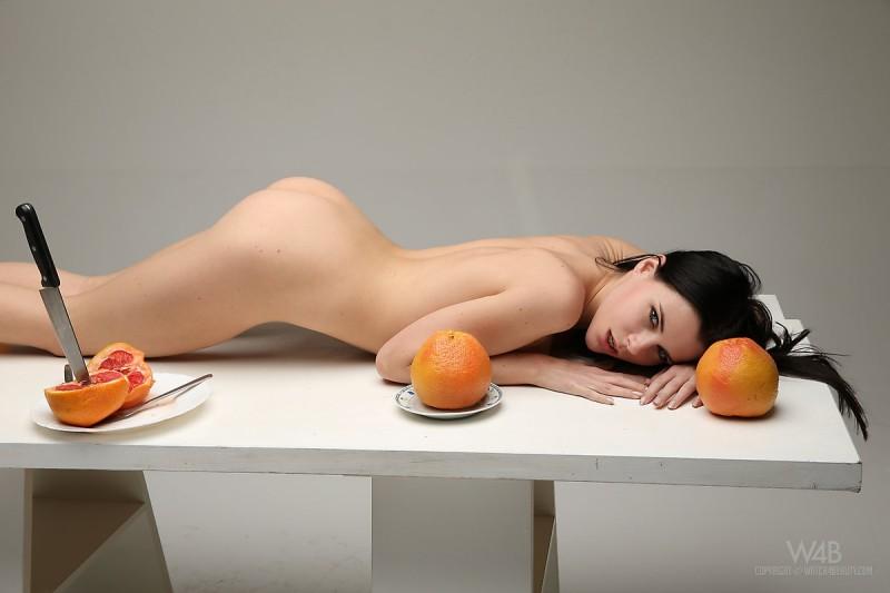 valeria-fruits-watch4beauty-15