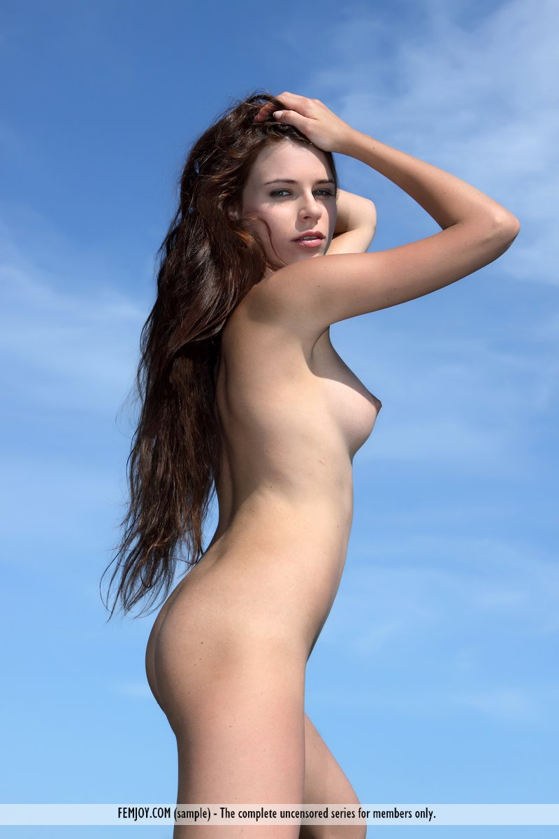 marina-t-bikini-femjoy-08