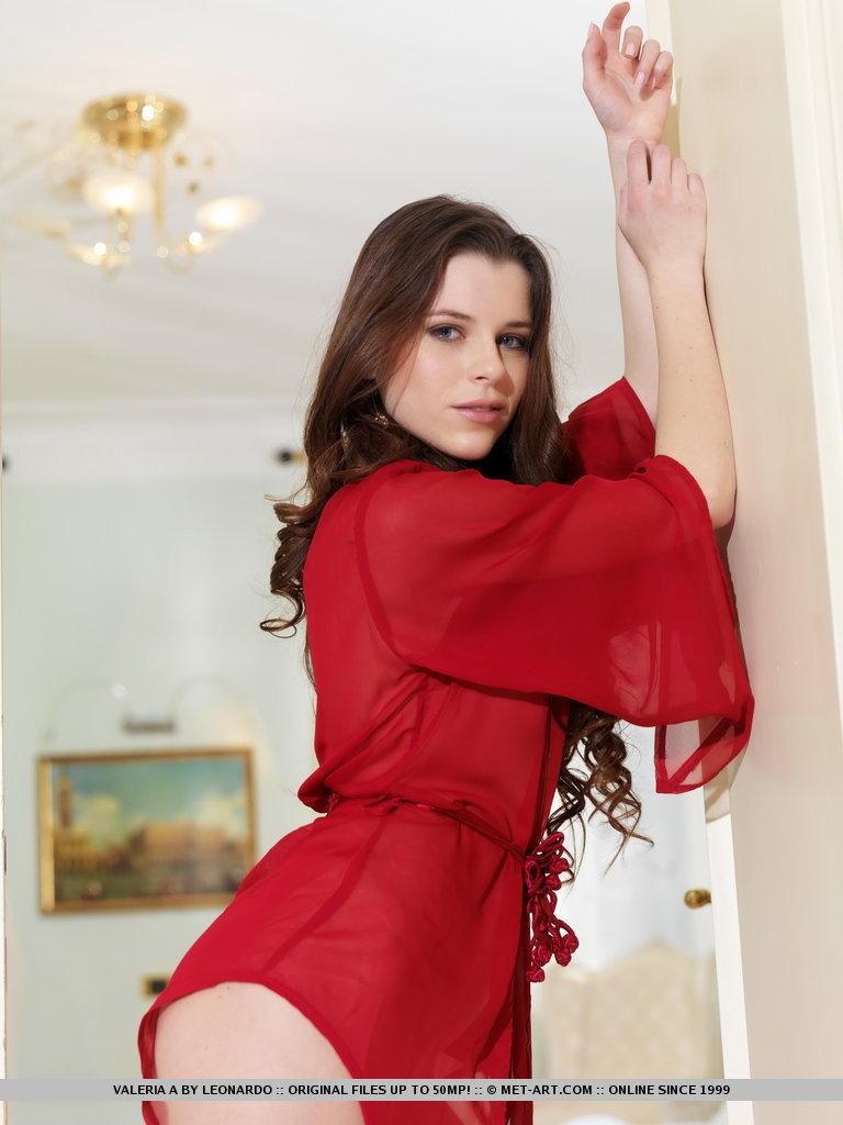 valeria-a-dressing-gown-met-art-01