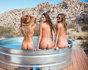 valley-girls-by-sacha-eisenman-playboy-special-edition