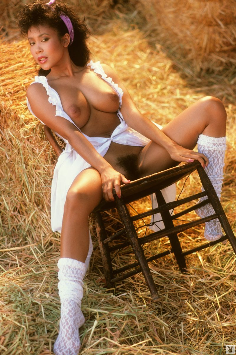 venice-kong-playmate-of-september-1985-playboy-18