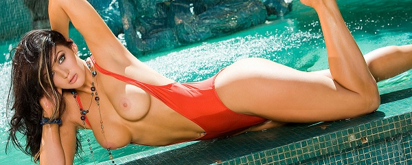 Veronica Ricci in the pool