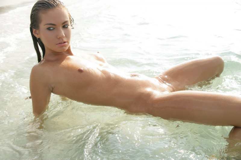veronika-fasterova-seaside-09