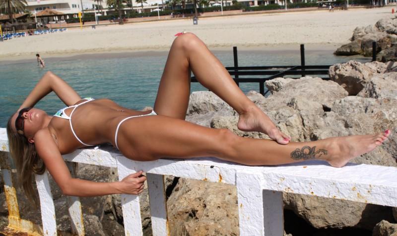 veronika-fasterova-bikini-05