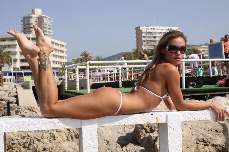 veronika-fasterova-bikini-07