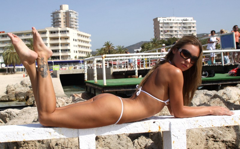 veronika-fasterova-bikini-09