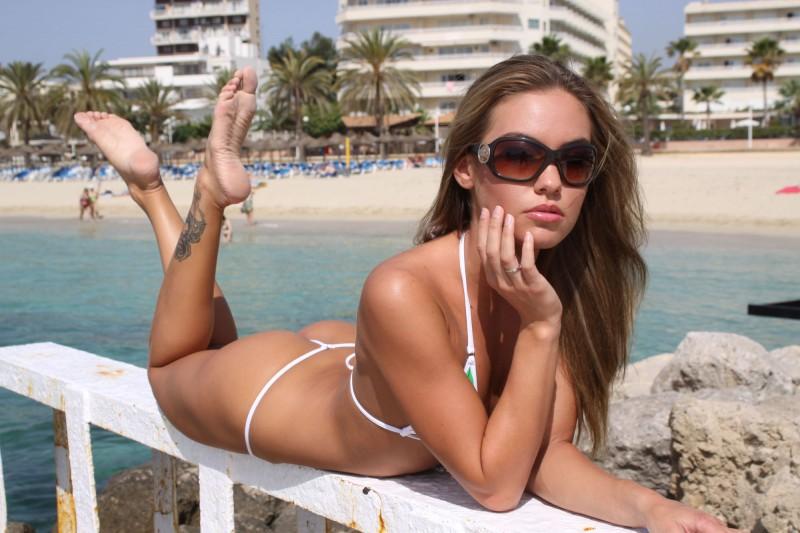 veronika-fasterova-bikini-12