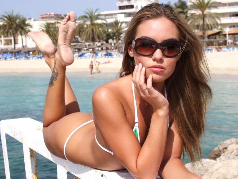veronika-fasterova-bikini-13