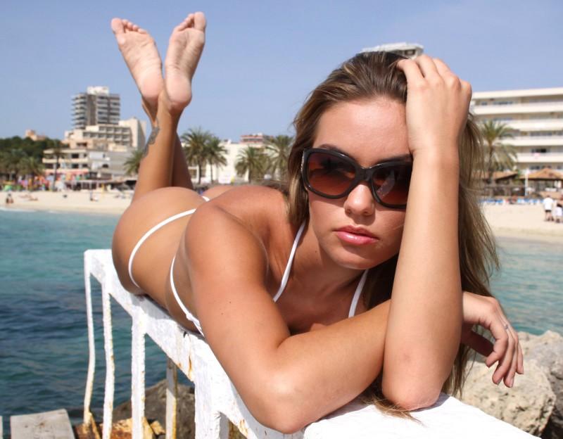 veronika-fasterova-bikini-14
