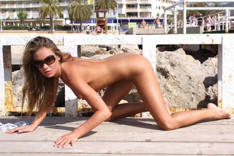 veronika-fasterova-bikini-36