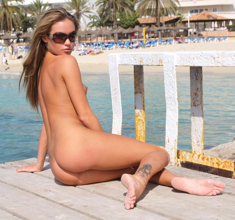 veronika-fasterova-bikini-39