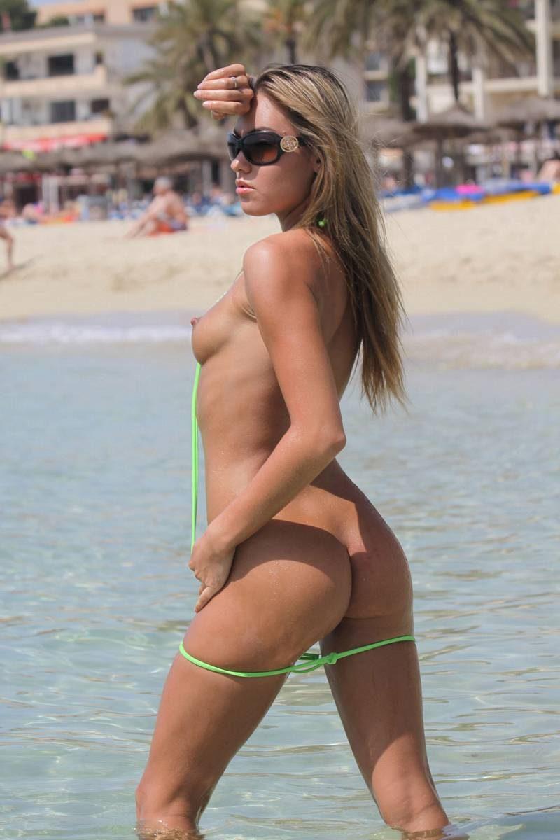 veronika-fasterova-micro-bikini-beach-nude-07
