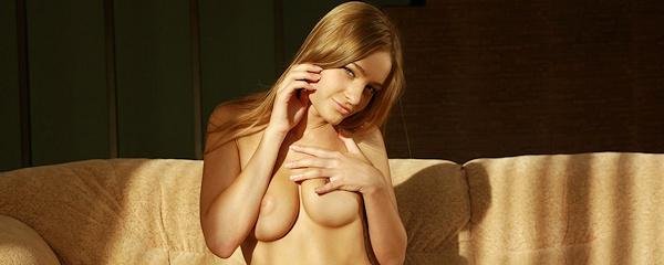 Veronika – Nude in the sunlight