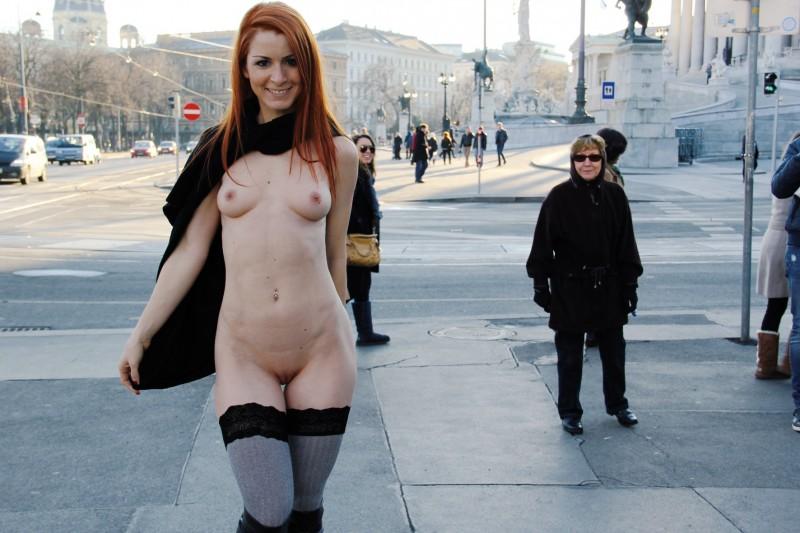 vienna-redhead-nude-public-voyeurweb-08