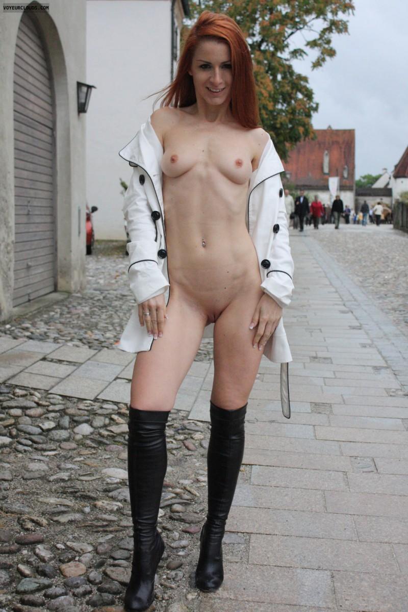 vienna-redhead-nude-public-voyeurweb-11