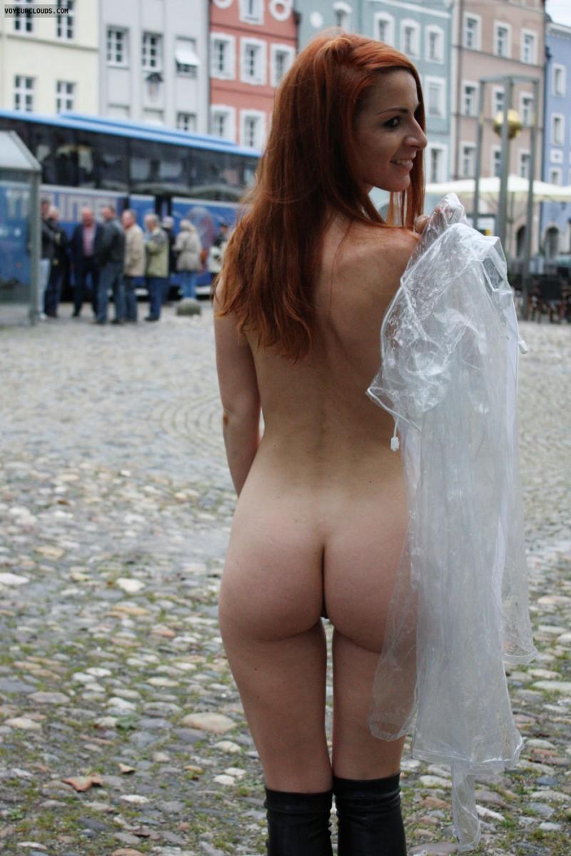 vienna-redhead-nude-public-voyeurweb-19