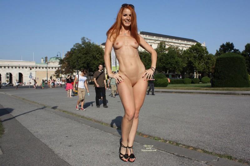 vienna-redhead-nude-public-voyeurweb-24