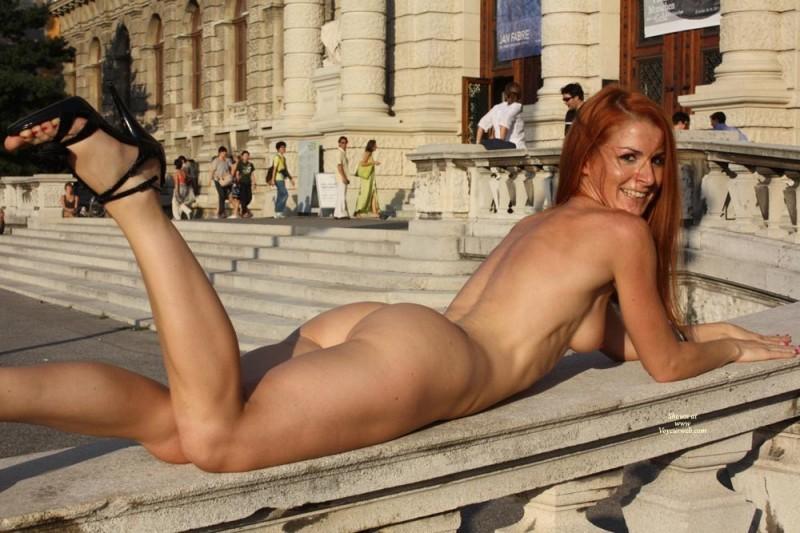 vienna-redhead-nude-public-voyeurweb-29