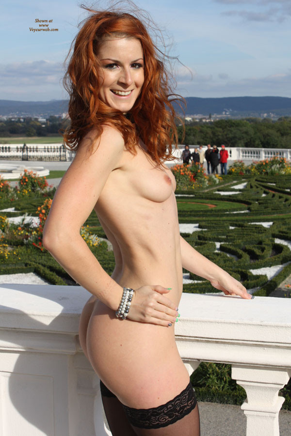vienna-redhead-nude-public-voyeurweb-31