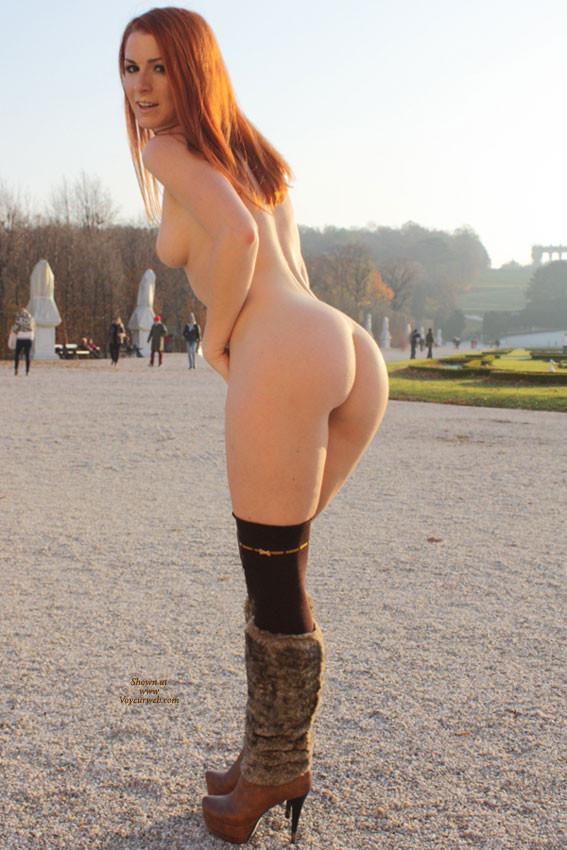 vienna-redhead-nude-public-voyeurweb-40