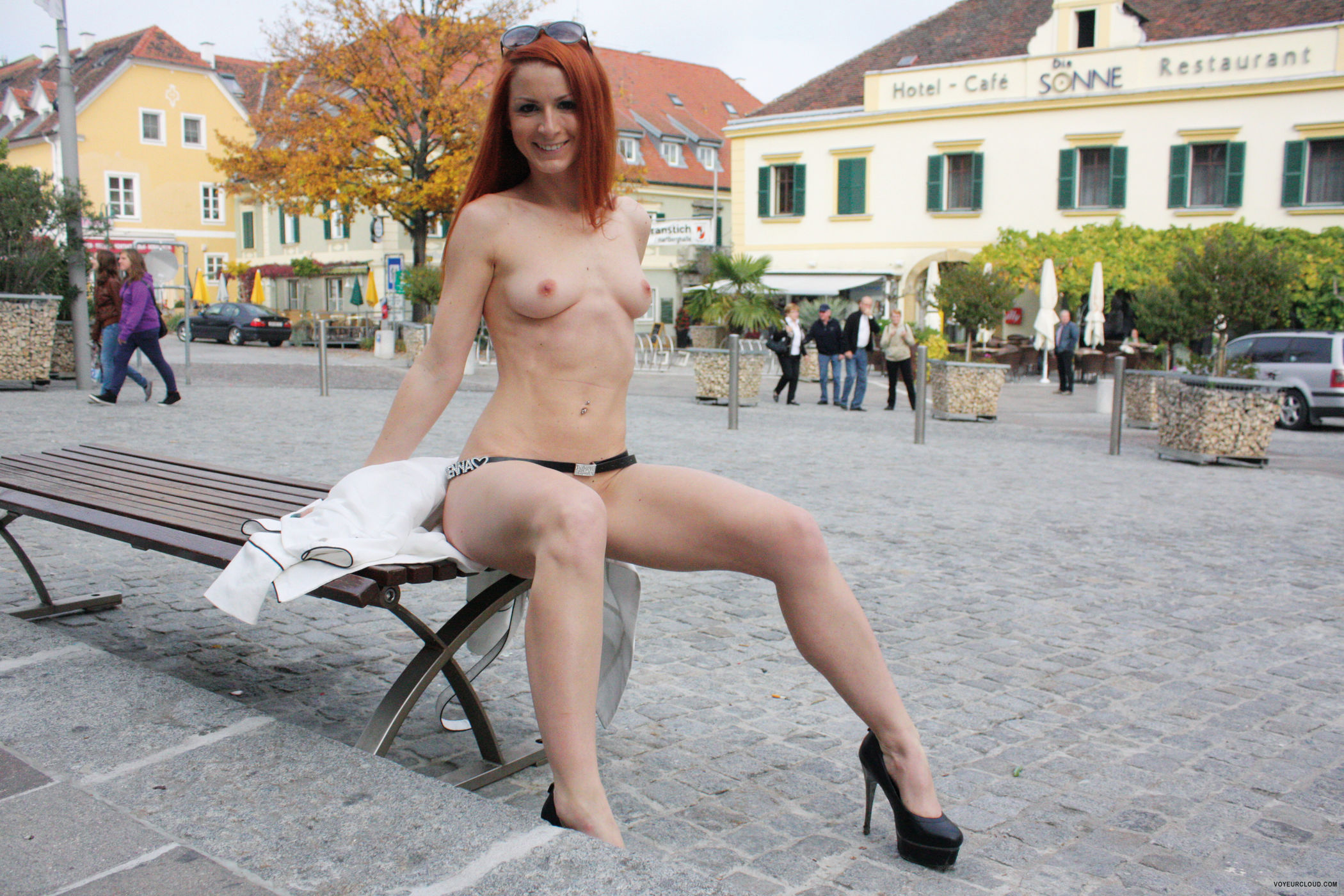 vienna-austria-styria-public-nude-10