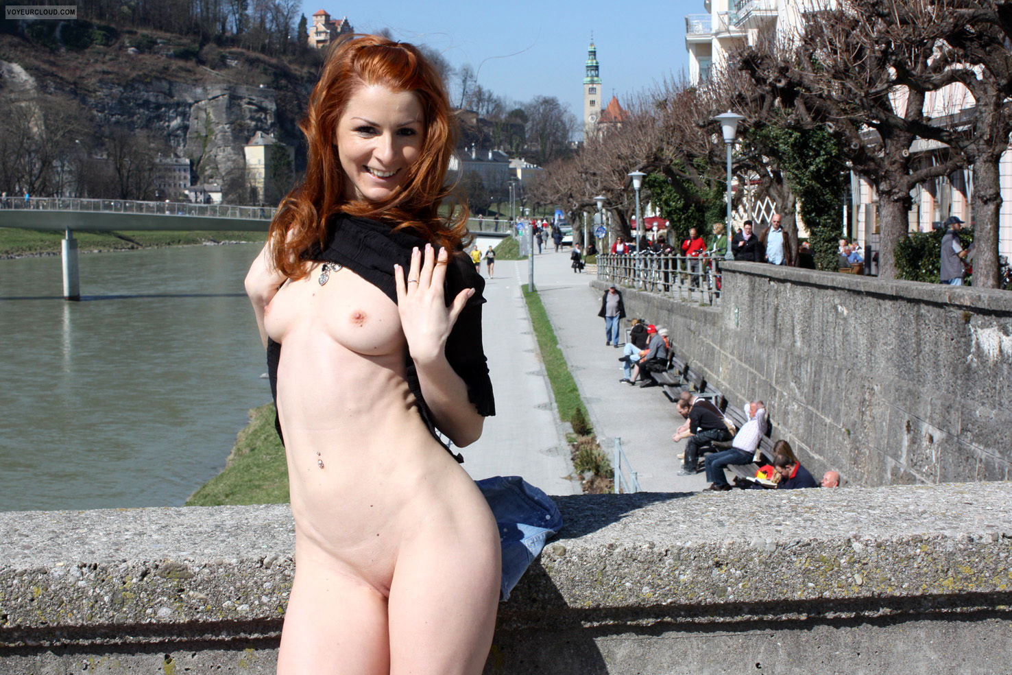 vienna-hot-day-in-salzburg-public-nude-05