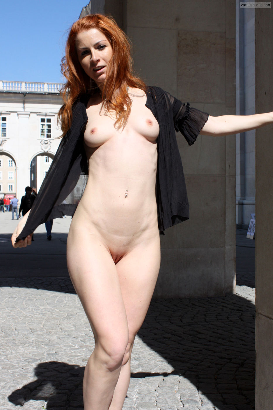 vienna-hot-day-in-salzburg-public-nude-09