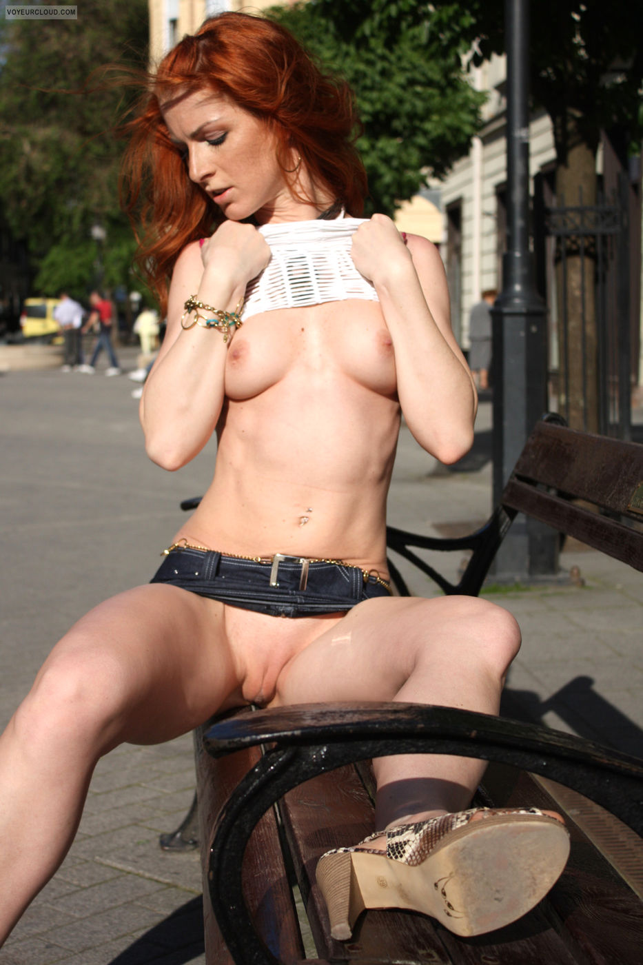 vienna-hungary-&-france-nude-public-04
