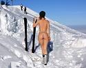 vienna-redhead-amateur-winter-nude-public