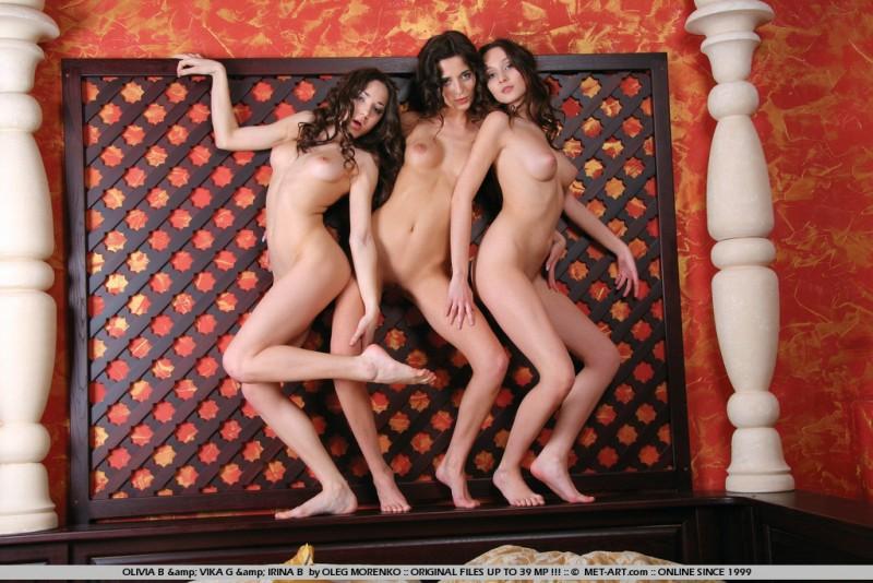 irina-b-olivia-b-vika-g-threesome-nude-metart-16