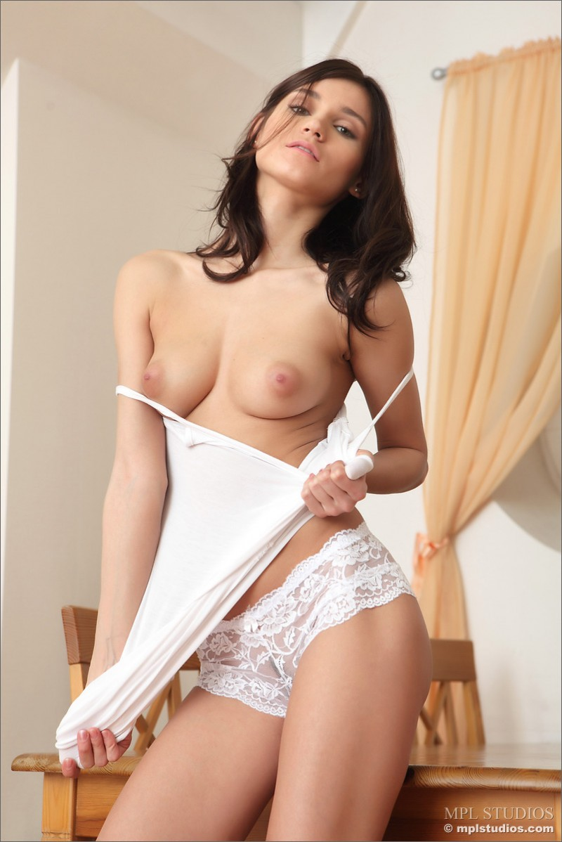 mira-nude-on-table-mplstudios-03