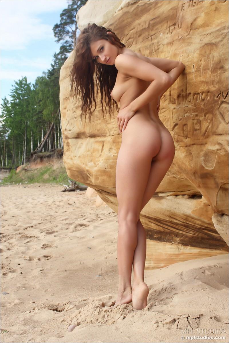 mira-nude-beach-mplstudios-04