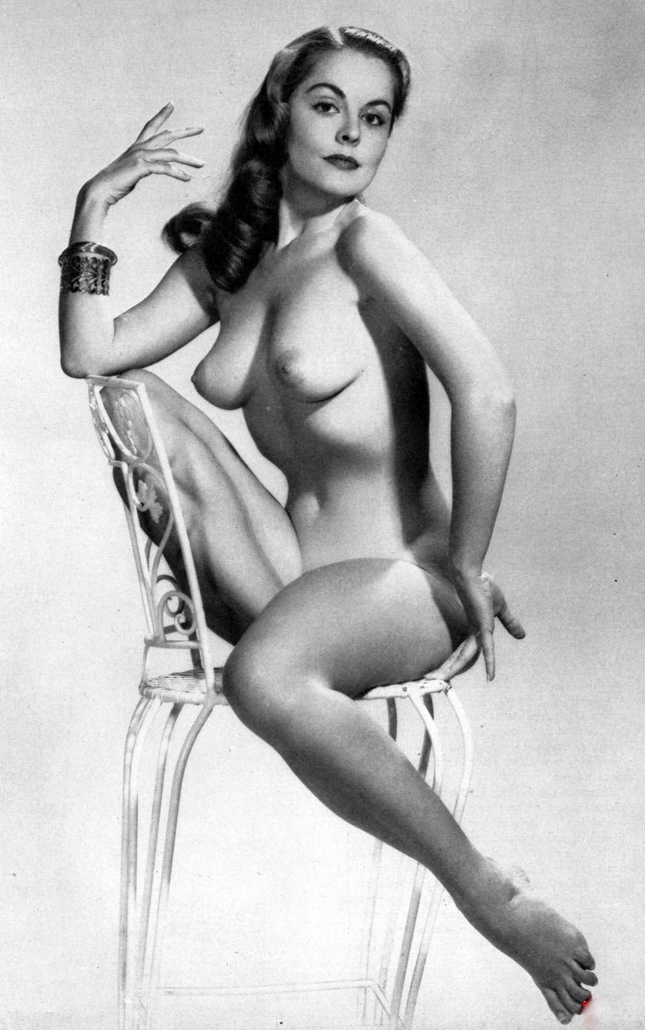 Erotic vintage pics would like