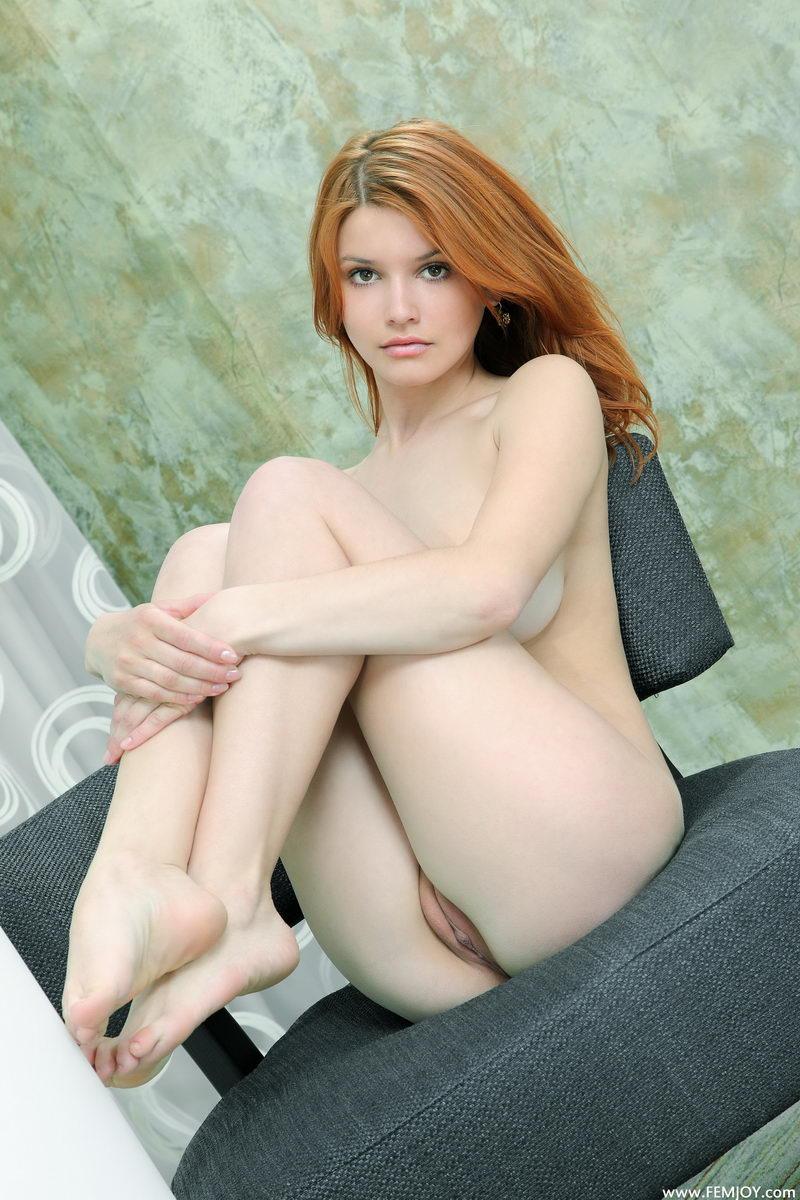 violla-in-corset-23