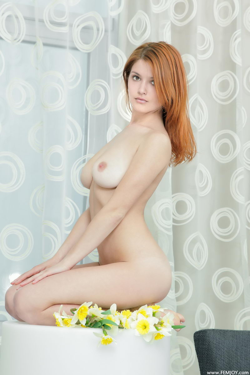 violla-in-corset-28