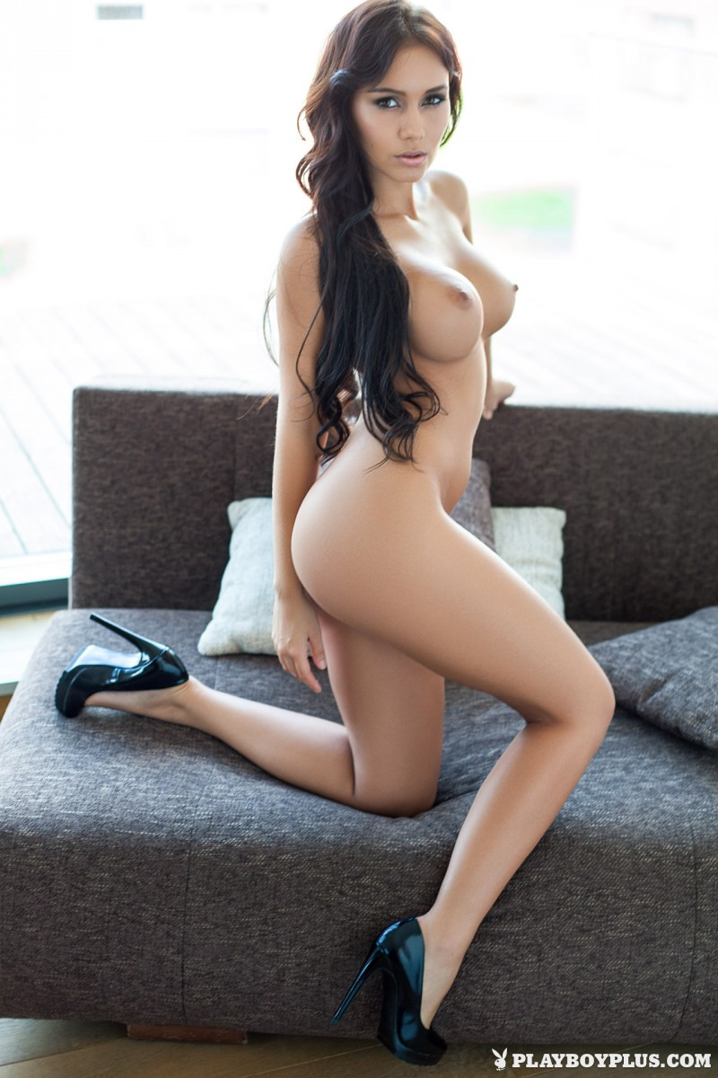 vivien-fur-naked-high-heels-playboy-20