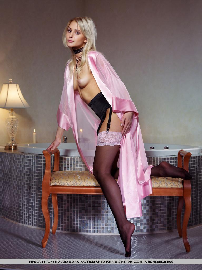 piper-a-bathroom-stockings-met-art-04