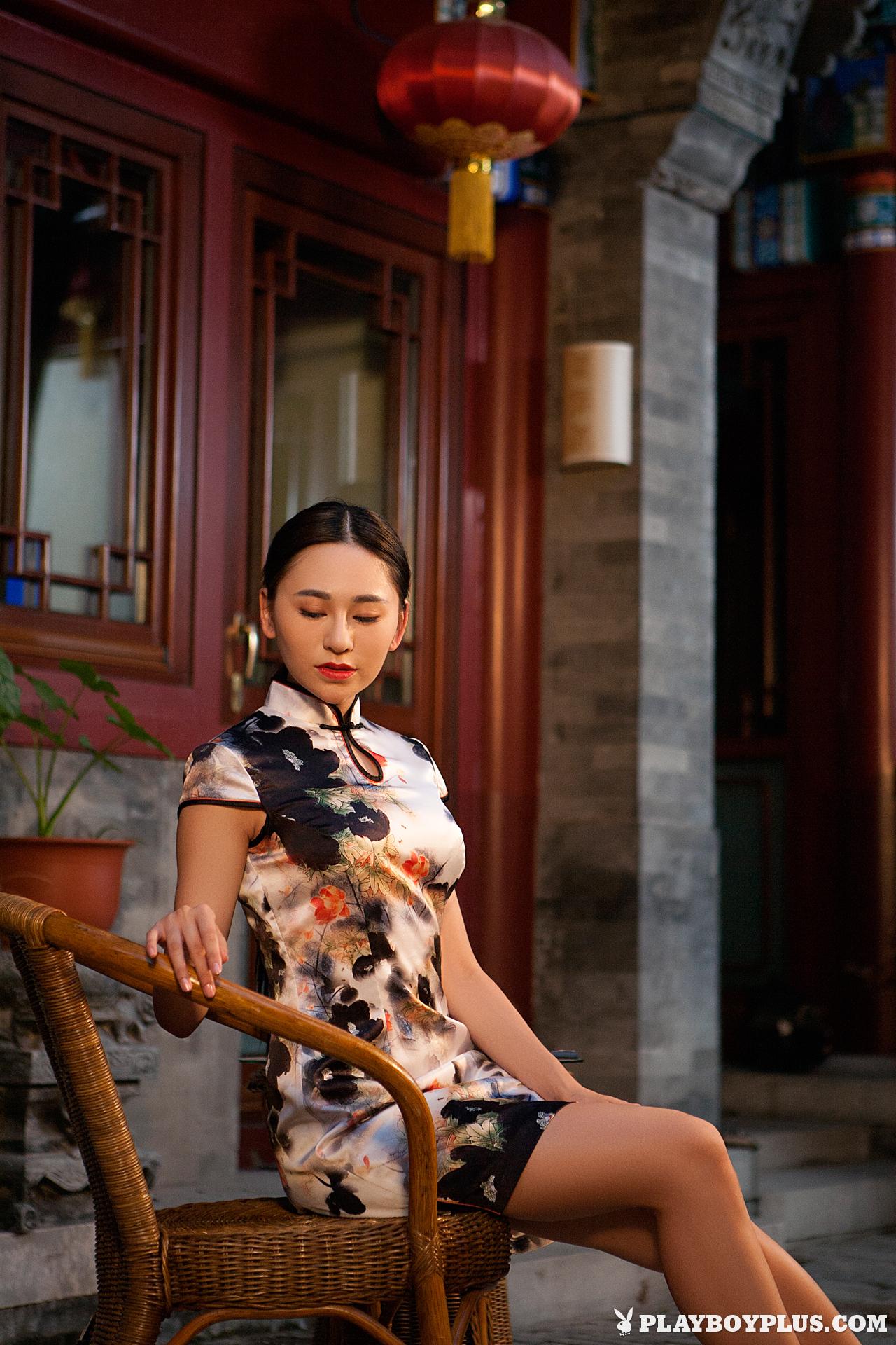 wu-muxi-nude-chinese-girl-short-dress-playboy-03
