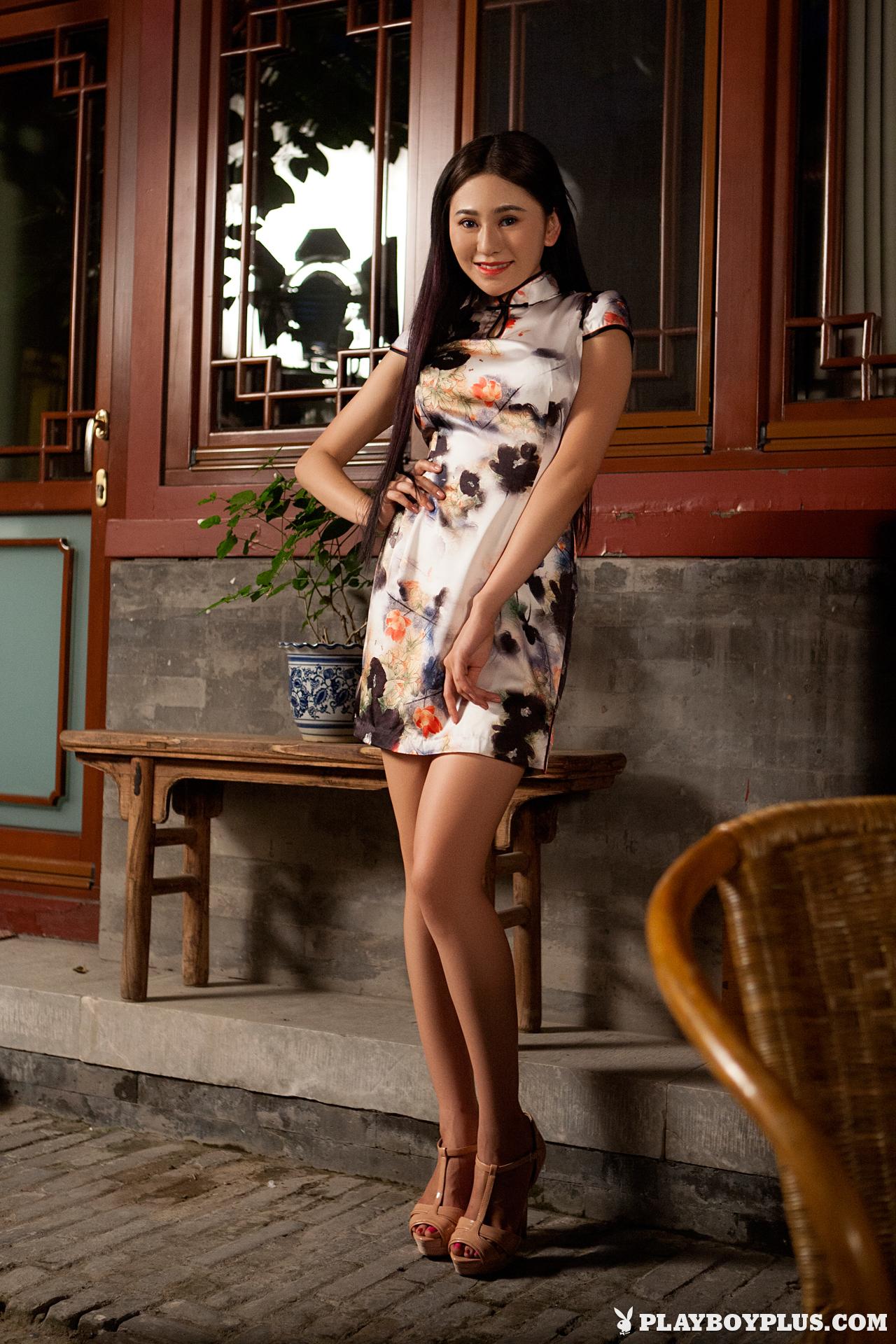 wu-muxi-nude-chinese-girl-short-dress-playboy-06