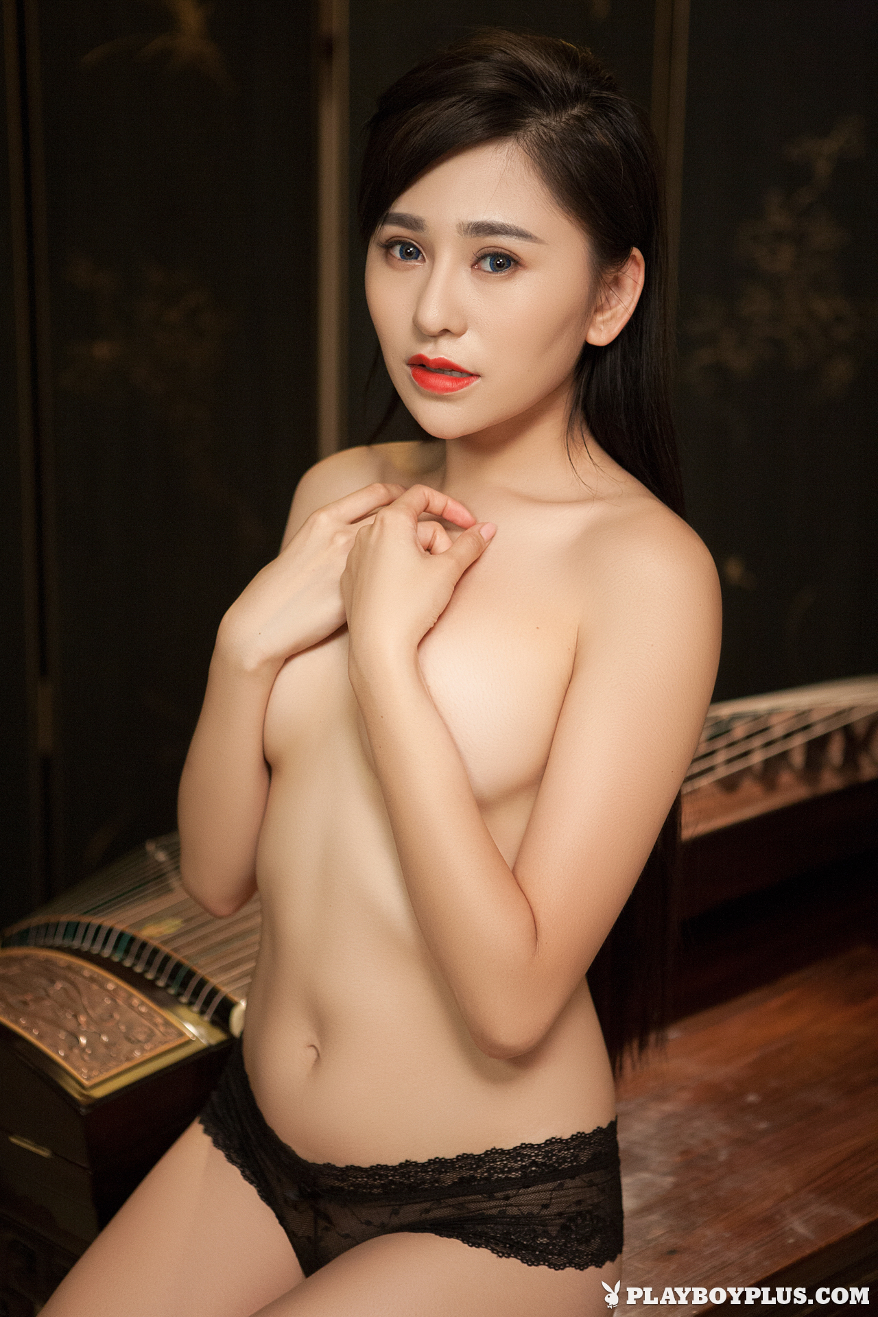 wu-muxi-naked-chinese-black-jacket-playboy-08