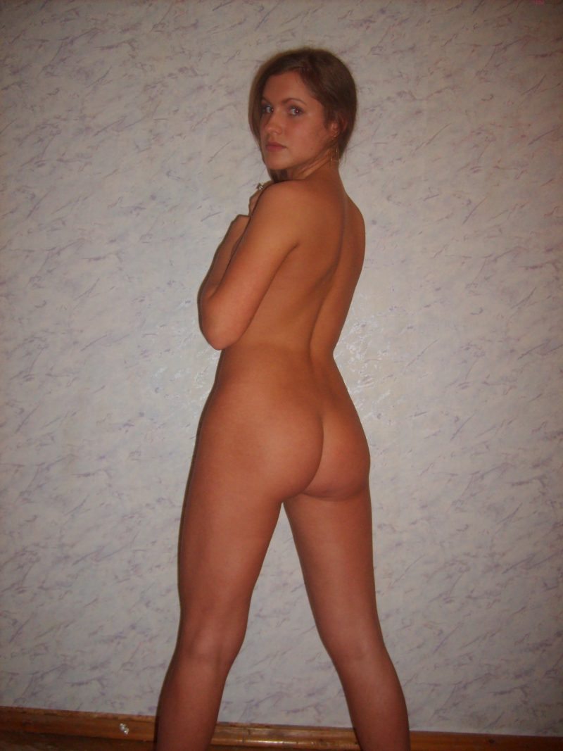 young-nude-amateur-russian-cute-girl-36