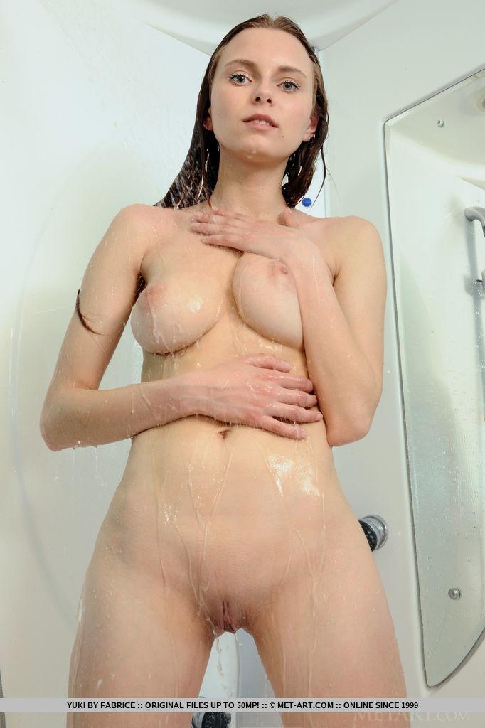 yuki-bathroom-wet-shower-naked-metart-03