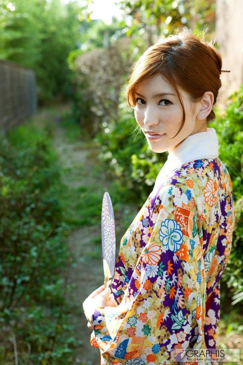 yuria-ashina-nude-kimono-graphis-02