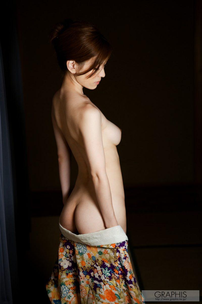 yuria-ashina-nude-kimono-graphis-08