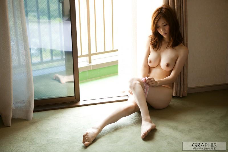 yuria-ashina-nude-bedroom-graphis-11