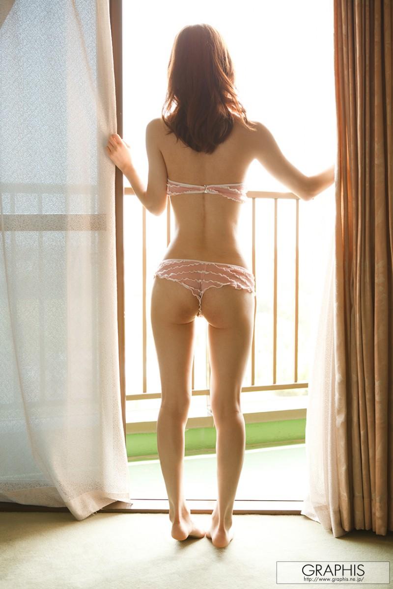 yuria-ashina-nude-bedroom-graphis-12